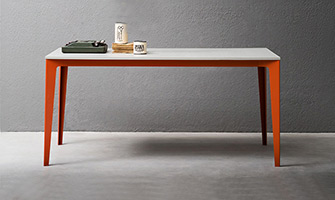 Jag - Tavoli e tavolini moderni di design